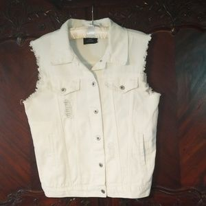 White sz M distressed jean vest frayed edges